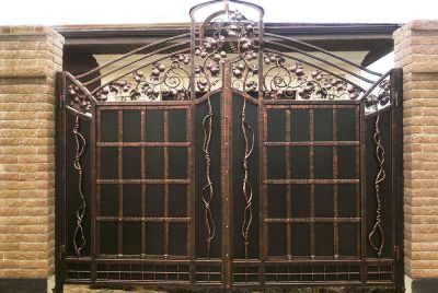Кованые ворота по индивидуальному заказу Г-06