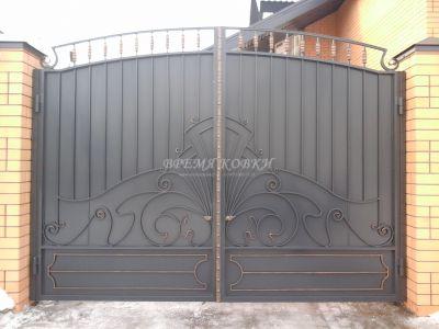 Кованые ворота со стальным листом С-25