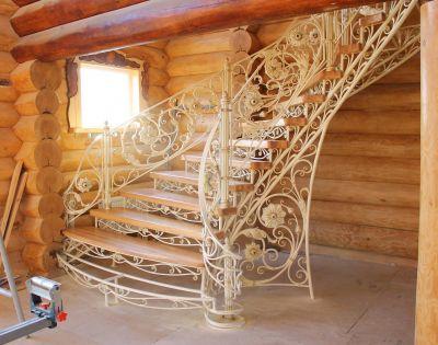 Кованая лестница Г-01