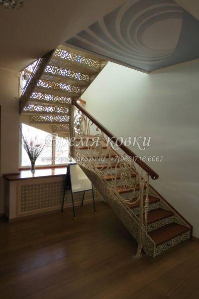 Кованые лестницы Г-03