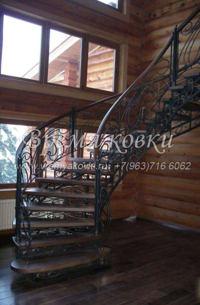 Кованая лестница Г-04