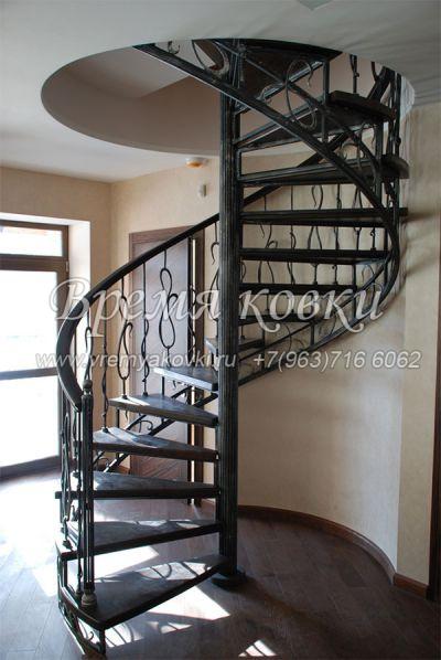 Кованая лестница Г-05