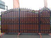 Кованые ворота с профнастилом П-17