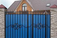 Кованые ворота с профнастилом П-06