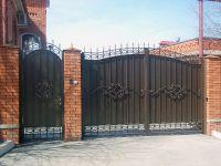 Кованые ворота со стальным листом С-12
