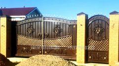 Кованые ворота со стальным листом С-30